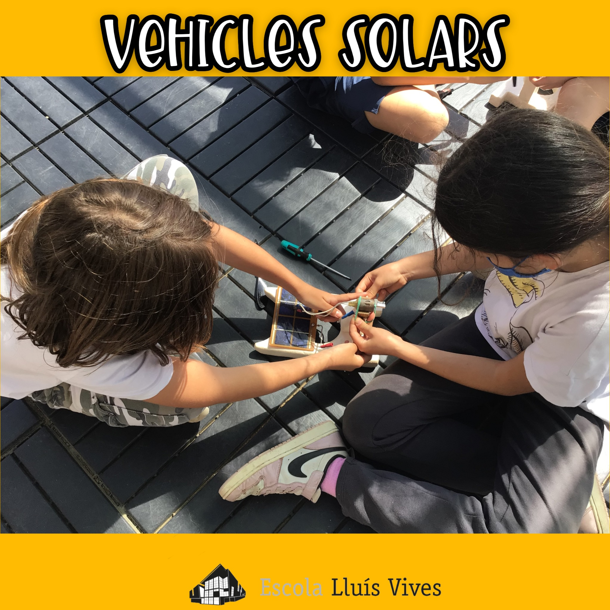 Vehicles solars 4t